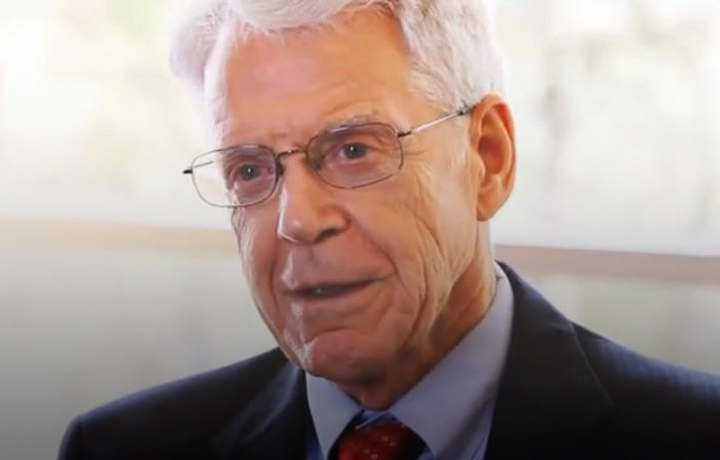 Dr. Caldwell Esselstyn